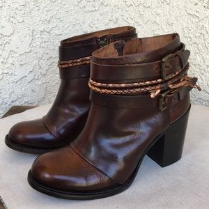 Freebird Lion Cognac Distressed Leather Boots 9